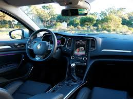 renault clio sport interior new renault megane rs to be launched in 2017 carzreviewz
