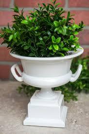 pedestal urn waterproof planter 7in