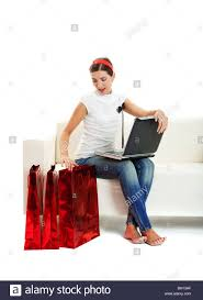 Einkaufen Von Zu Hause Young Woman Laptop Christmas Stockfotos U0026 Young Woman Laptop