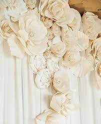 wedding paper 15 chic ways to use paper flowers at your wedding flowers rock
