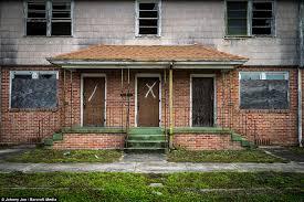 Katrina Homes Photographer Johnny Joo Shows Hurricane Katrina U0027s Devastation A