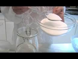 la cuisine de mamy liqueur aux noyaux d abricots par mamy la cuisine de