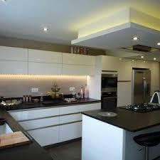 eclairage faux plafond cuisine eclairage cuisine plafond amazing eclairage cuisine plafond with