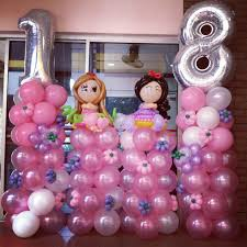 cute 18 birthday decoration with so many balloon that is decorated