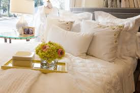 queen bed pillows pillow arranging 101