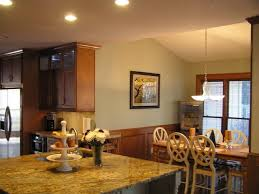 Paint Color Ideas For Kitchen With Oak Cabinets Best 25 Honey Oak Trim Ideas On Pinterest Honey Oak Cabinets