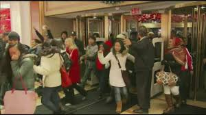 what time does macy s open on black friday macy u0027s opening doors early for black friday youtube