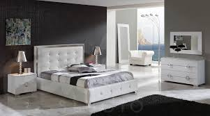 Bedroom Furniture Sets King Adorn Your Dream House With The New White Bedroom Furniture Set