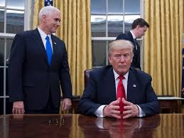trump oval office pictures the changes donald trump has already made since he was sworn in as