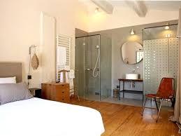 chambre avec salle de bain chambre et salle de bain 2 lassociation avec la tate de lit chambre