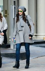 jessica biel s pregnant winter coat outfit glamour