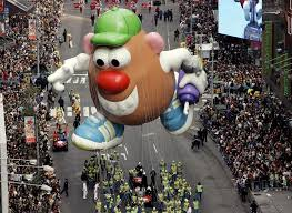 thanksgiving day parade floats through the years