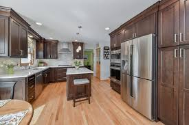 what to look for in a contractor home remodeling contractors