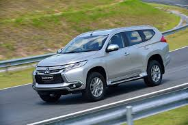 mitsubishi crossover 2016 2016 mitsubishi challenger unveiled gets new 8spd auto