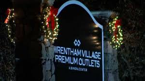 Wrentham Outlets Map Security Increased At Shopping Malls For Black Friday Necn