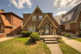 cute move in ready bagley home seeks 110k curbed detroit