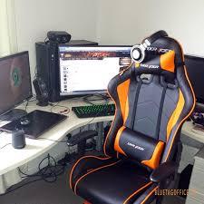 Gamer Desk Chair Best Ergonomic Office Chair A Comparison Of Three Popular Choices