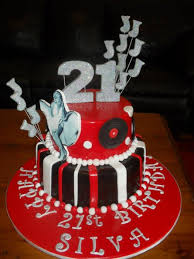 rock n roll 50 u0027s inspired cake cake by dolcesofia cakesdecor
