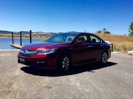 first drive 2017 honda accord hybrid is low fat with most of the