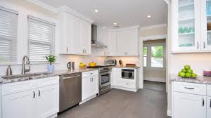 what does 10x10 cabinets forevermark white shaker 10x10 kitchen cabinets