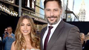 chelsea clinton engagement ring exclusive sofia vergara u0026 joe manganiello u0027s wedding by the