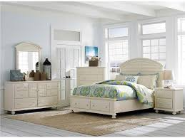 Broyhill Dining Room Sets Broyhill Farnsworth Sectional Bedroom Furniture Sets On Luxury