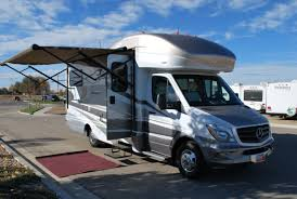 efficient itasca navion diesel 24 u0027 class b rv rental