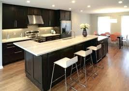 cuisine avec ilo ilot central cuisine erlot de cuisine exemple de cuisine avec ilot