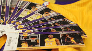 donations los angeles lakers