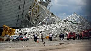 brazil world cup stadium crane collapse captured by amateur