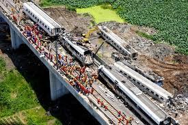 china fires three officials as rail crash toll reaches 35 wsj