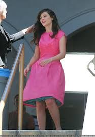 pink dress zooey deschanel s hot pink dress with blue petticoat on she and