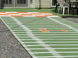 Neyland Stadium Map Vols Fan Turns Driveway Into Neyland Stadium Shrine Wbir Com