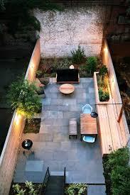 kleiner garten gestalten schmale terrasse kleinen garten gestalten sitzbank holz steinboden
