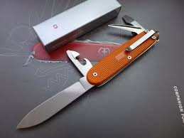 personalized swiss army knife 298 best victorinox knives images on swiss army
