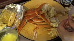 asmr eating crab legs triggers for sleep seafood garlic bread