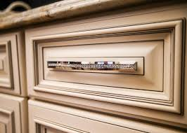 Crystal Kitchen Cabinets by As Seen On Season 5 Of The Vanilla Ice Project Vanilla Ice And