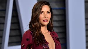 he gets excited having his hair permed and highlighted olivia munn gets perm to add body to her flat hair stylecaster