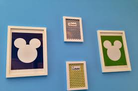 mickey mouse room décor to make the children are sleep well room