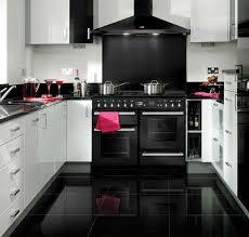 cuisine avec gaziniere gaziniere piano bompani maison design wiblia com