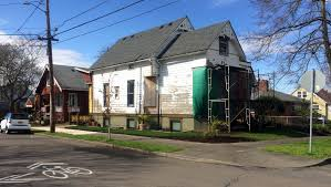 Low Cost Home Building Portland Could Quake Proof Classic Houses By Putting Smaller Homes