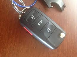 nissan versa keys locked in car lpt take a picture of your car key on your phone lifeprotips
