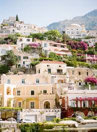 hillside homes in positano italy entouriste