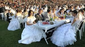 prix moyen mariage le mariage coûte cher pour les invités aussi