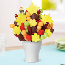 edible deliveries cheer me up bouquet dipped strawberries edible arrangements