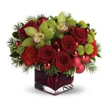 christmas floral arrangements christmas flower arrangement