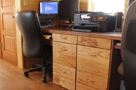 Couples Computer Desk Couple U0027s Off Grid Solar Tiny House On Wheels