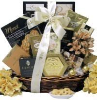 sympathy basket ideas heartwarming sympathy gifts for someone whose died