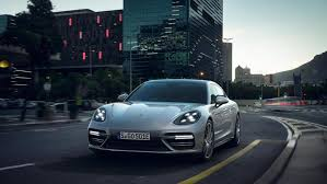 red porsche panamera 2017 porsche plugs panamera turbo se hybrid at new york preview gas 2
