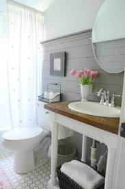 Wallpaper In Bathroom Ideas by Top 25 Best Pedestal Sink Bathroom Ideas On Pinterest Pedistal
